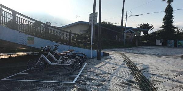 青島駅東口ポート